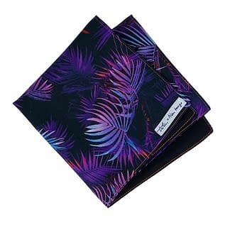 mouchoir violet avec motif feuillage
