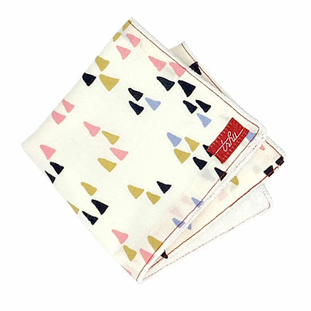 kids handkerchief with triangles