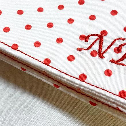 mouchoir brodé initiales
